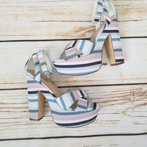 Just Fab Womens Platform Heel Size 7